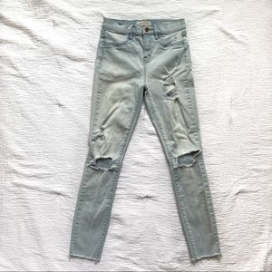 PacSun Light Wash Distressed Ankle Jegging Size 25